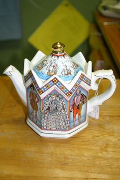 Beautiful!!!! Of course this Tea Pot is English - look at the detail!! Stunning!