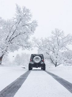Snow days are the best days when you own a jeep.