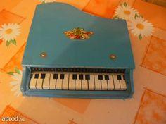 Retró gyerek játék zongora