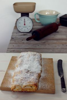 Butcher Block Cutting Board, Tumblr, Instagram, Food, Apple Cakes, Recipes, Pies, Essen, Meals