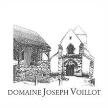 • Domaine Joseph Voillot • A Volnay, Voillot annovera i Premier Cru più prestigiosi, come Fremiets e Champans: così come a Pommard, brillano Epenots e il grande Rugiens, tra gli altri. Jean-Pierre Charlot, genero di M. Voillot, ha preso le redini del Domaine nel 1995, e assicura, con la sua allegra mainflessibile severità, la continuità della tradizione di alto livello.... vuoi scoprire altro? Lo trovi qui: http://www.e-heres.com/company/domaine-joseph-voillot  #winexellence #eheres #wine