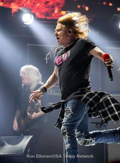 Axl Rose with AC/DC, 2016