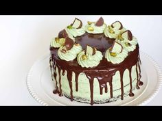 Well all I can say about this Chocolate Pistachio Cake With Irish Cream cake is Wow ! It looks like something that you would buy in a expensive cake shop. Perfect Chocolate Cake, Tasty Chocolate Cake, Chocolate Truffles, Chocolate Ganache, Chocolate Desserts, Irish Cream Cake, Tatyana's Everyday Food, Pistachio Cake, Pistachio Butter