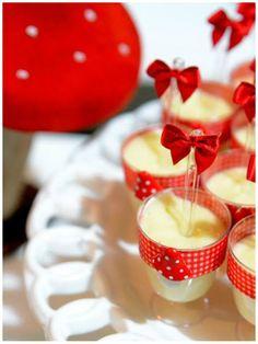 Inspire-se em dezenas de ideias para decorar sua festa da Chapeuzinho Vermelho!