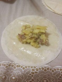 BÜZGÜLÜ BÖREK | SÜSLÜ MUTFAK Food Website, Turkish Recipes, Baking Sheet, Pie Recipes, Bon Appetit, The Help, Oatmeal, Oven, Food And Drink