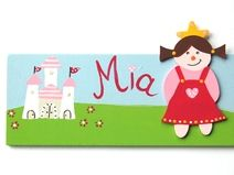 Fancy T rschilder Namensschilder und Buchstaben aus Holz Deko f r us Kinderzimmer liebevolle Kleinigkeiten
