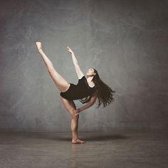 Dance Portraits by Carly Webber.  Brooke Thompson. Kodak Portra 160 Film and Mamiya C330 vintage camera.