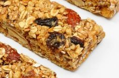 Granola+bars+are+perfect+for+a+quick+and+delicious+breakfast+or+for+an+energizing+afternoon+snack! Grab and Go Granola Bars Protein Bar Recipes, Protein Bars, Fruit Recipes, Healthy Recipes, Fruit Snacks, Healthy Protein, Protein Power, Cereal Recipes, Whey Protein