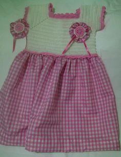 Diseño especial hecho por Rebeca Romero Blanco-rosa