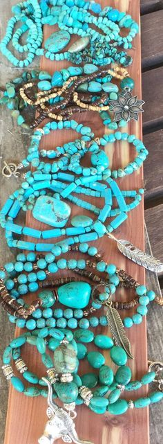 TuRQuoiSe BoHo FeaTHeR NeCKLaCe/ Hand Knotted/ by Ivanwerks