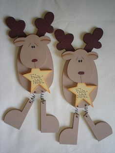 Christmas Wood, Diy Christmas Ornaments, Homemade Christmas, Christmas Projects, Winter Christmas, Christmas Holidays, Christmas Gifts, Ornament Crafts, Holiday Crafts