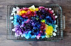 How To Tie Dye, Tie And Dye, Tie Dyed, Diy Tie Dye Kit, Ice Tye Dye, Shibori, Batik Shirt, Tie Dye Sheets, Tulip Tie Dye