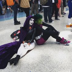 I AM IN LOVE WITH THIS RAVEN AND BEAST BOY COSPLAY #teentitans