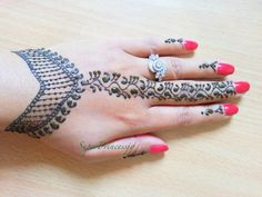 CHANA CAN WE TRY IT????   How To Make Henna Mehendi Designs ,Learn Henna ,Lesson1 SuperPrincessjo