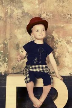 'Jessie and James' Creates Designer Clothing for Little Ones