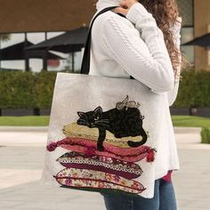 53 Ideas For Crochet Cat Purse Pattern Tote Bags Cat Purse, Cat Bag, Tote Pattern, Purse Patterns, Patchwork Bags, Quilted Bag, Tote Bags Handmade, Denim Bag, Fabric Bags