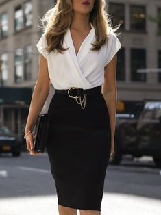 Nice 46 Fashionable Work Outfit Ideas To Look Cool Summer Work Outfits, Casual Work Outfits, Business Casual Outfits, Business Dresses, Mode Outfits, Office Outfits, Work Attire, Classy Outfits, Fashion Outfits