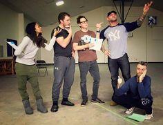 Os atores ChrisPratt, Zoe Saldana, Dave Bautista e Sean Gunn em foto do Facebook de James Gunn, diretor de Guardiões da Galáxia (Foto: Reprodução Facebook)