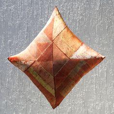 Rusty grids - cuscino - cushion 100% seta - silk handmade batik unique piece natural dyes 45 x45 cm Dyes, Silk, Natural, Unique, Handmade, Hand Made, Craft, Nature, Silk Sarees