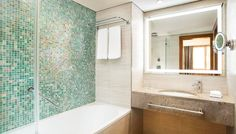 A custom mix of glass mosaic can make your dream bathroom environment unique Girl Bathrooms, Ensuite Bathrooms, Guest Bathrooms, Rustic Bathrooms, Bathroom Kids, Budget Bathroom, Modern Bathroom, Small Bathroom, Best Bathroom Flooring