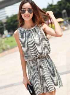 Korean Style Stripe Off Shoulder Crystal Dress  BlackUS$ 11.42http://www.global-wholesale.net/Korean-Style-Stripe-Off-Shoulder-Crystal-Dress-Black_g34368.html