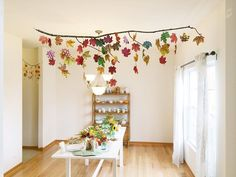These DIY fall decor ideas are AMAZING! I'm so glad that I found these easy DIY projects ideas! Now I know how to decorate my home in fall theme using cheap items and super simple steps! Easy Fall Crafts, Easy Diy Projects, Diy And Crafts, Autumn Activities For Kids, Art Activities, Cheap Diy Home Decor, Fall Garland, Autumn Theme, Autumn Inspiration