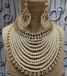 How To Choose Your Jewelry Armoire Indian Jewelry Sets, Indian Wedding Jewelry, Wedding Jewelry Sets, Bridal Jewelry, Jade Jewelry, India Jewelry, Silver Jewelry, Silver Ring, Diamond Jewelry