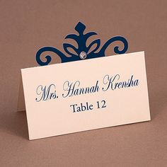 Create beautiful escort cards that have an elegant touch to them with the Place Card #5 die.