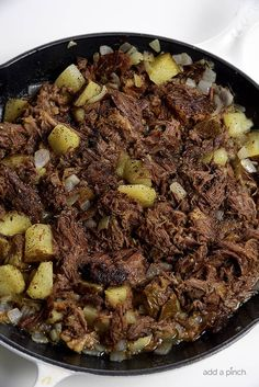 Southern Beef Hash Recipe - Southern Beef Hash is a great way to use leftover roast beef in a whole new way. Full of potatoes, onions, garlic, and roast beef, beef hash is a favorite. // addapinch.com