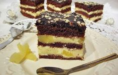 Prajitura cu crema de mascarpone si ananas Dessert Recipes, Desserts, Tiramisu, Caramel, Sweets, Cooking, Ethnic Recipes, Food, Cakes