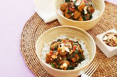 Lamb and spinach curry recipe, NZ Womans Weekly – Many curries benefit from being made ahead of time and this is one that is almost better the next day than it is when you make it - Eat Well (formerly Bite) Curry Recipes, Pork Recipes, Healthy Recipes, Healthy Food, Macaroni And Cheese Bacon, Cut Recipe, Spinach Curry, Lamb Curry, Indian Food Recipes