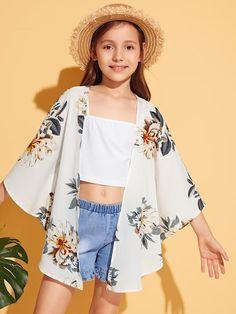 only kimono and shorts Preteen Girls Fashion, Teenage Girl Outfits, Kids Outfits Girls, Girls Fashion Clothes, Cute Outfits For Kids, Teen Fashion Outfits, Cute Casual Outfits, Stylish Outfits, Girl Fashion