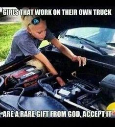 Sophisticated Women and Their Lovely Truck These Girls Love Diesel Trucks.These Girls Love Diesel Trucks. Real Country Girls, Country Girl Life, Country Girl Quotes, Cute N Country, Country Girl Truck, Country Trucks, Girl Sayings, Country Music, Car Memes