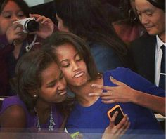 """the obama sisters    """"at daddy's inauguration ugh so bored lol txt it"""""""