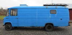 """Technisch: OM314 oersterke industrie dieselmotor Bj 1982 50.250 KM Stuur&rembekrachtiging 17,5 inch grote wielen Vlotte aandrijving (110 km/u) L x B x H 700 x 235 x 295 cm C1 rijbewijs  Voorbeeld specificaties: Wordt als """"nieuw"""" in vintage staat opgeleverd Vast/uitneembaar 2 personenbed (140x 190 cm) 1 of 2 x vast personenbed, eventueel uitbreiding … Lees verder »"""