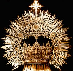 Crown Drawing, Royal Crown Jewels, Gold Work, Tiaras And Crowns, Metal Crafts, Headdress, Jewelry Making, Gems, Bling