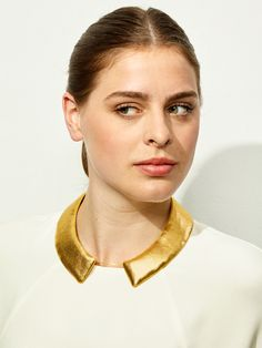 TURINA- COL-1G COLLAR Necklace from gold-coated textile, reinforced by plastic. 34€ via turinajewellery.com