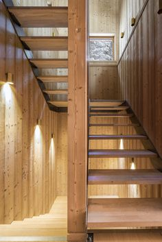 Gallery of Mountain House / Studio Razavi architecture - 9