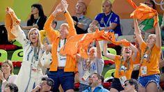 De koning en koningin waren in Rio met hun kinderen aanwezig bij de gouden oefening van turnster Sanne Wevers.