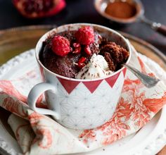 Mukikakku Mug Cakes, Deli, Chocolate Fondue, Tea Cups, Food And Drink, Sweets, Mugs, Baking, Tableware