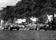 FERRARI 250 MM BERLINETTA PININFARINA - 29/05/55 - Largada da prova com a Ferrari de Casini ao lado da Ferrari 735 Monza de MacKay Frazer - Rio de Janeiro - Brasil Felipe - Álbuns da web do Picasa