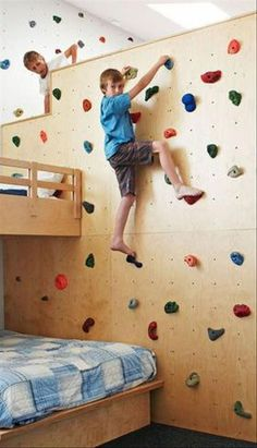 What a great idea! A climbing wall in a kids' playroom. Cool Kids Bedrooms, Teen Girl Bedrooms, Awesome Bedrooms, Cool Rooms, Kids Rooms, Room Kids, Bedroom Boys, Child Room, Kids Bedroom Ideas For Girls Tween