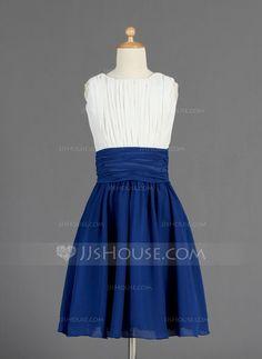 A-Line/Princess Scoop Neck Knee-Length Chiffon Junior Bridesmaid Dress With Ruffle (009014656) - JJsHouse