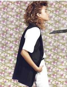 lauter günstige gelegenheiten: roxanne glineur and stephanie bertram by stephan ziehen for grazia germany june 2013 | visual optimism; fashion editorials, shows, campaigns & more!
