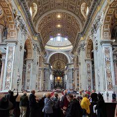 #vatican #traveltheworld #travelphotography #hubbyandwifey #couplegoals #rome #italy #italia #europe #eurotrip #europe2016 #vacation #tourist #tourism #iphone6s #nexus6p