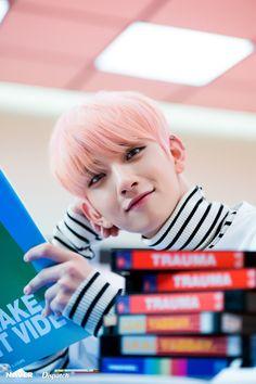 This ain't woozi but he's super cute and idk his name.:edit his name is Joshua! Woozi, Wonwoo, The8, Seungkwan, Joshua Seventeen, Seventeen Debut, Jisoo Seventeen, Seventeen Pretty U, Jeonghan Seventeen