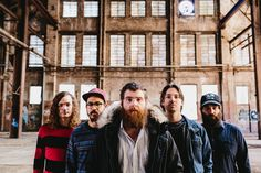 Manchester Orchestra interview: http://www.soundspheremag.com/features/interview-manchester-orchestra-2/