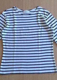 À vendre sur #vintedfrance ! http://www.vinted.fr/mode-femmes/hauts-and-t-shirts-t-shirts/34481398-jolie-mariniere-armor-lux-t1