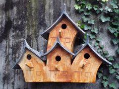 """Vogelhuisje nr.871. """"Puntdak vierling"""" €.300.- (verkocht)"""