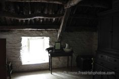 Cottage interior for beams and wall main research